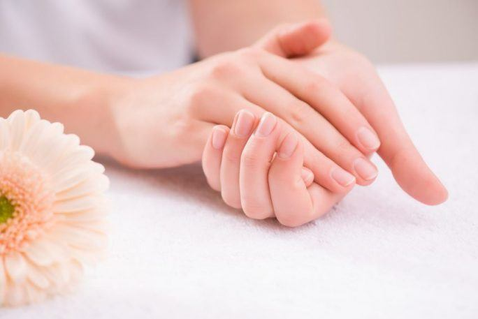 How to Care for Hands? Home Treatments & Hand SPA